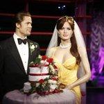 Museu de cera faz homenagem ao casamento de Pitt e Angelina Jolie http://t.co/tnu0gHxdEI #G1 http://t.co/bxaoJu7bXG