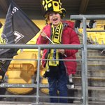 Introducing Jett who has the best hat and a pretty good roar ... tonights @ITMCup game is underway! #WELvMAN http://t.co/MwblFyUKFO