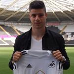 Swansea have signed Nottingham Forest striker James Demetriou on a free transfer. 2-year contract. #SwansFC #NFFC http://t.co/Rwz0Aw2LLx