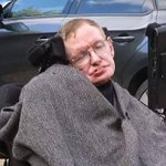 RT @TheIndyPeople: MND sufferer Professor Stephen Hawking does #icebucketchallenge http://t.co/9mwLk43s5R http://t.co/uZDwhN09a7