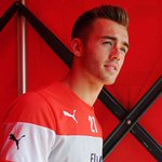 """RT @Arsenal: Wenger on @CalumChambers95: """"He has the character to deal with [his first call up]"""" http://t.co/Kg4sqi68NR #LCFCvAFC http://t.co/CxnCBBWwbf"""