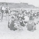 Newcastle Beach, 1923. Check out the bathing suits! #history #newcastle http://t.co/pk8YboOmMD http://t.co/ySeSqFvJJJ