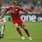 RT @Squawka: Kroos (125) was the only outfield Bayern player to complete more long balls than Alonso (48) in the UCL last term. http://t.co/ZQ4zNF8KEv