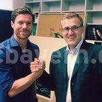 """Xabi Alonso, nuevo jugador del Bayern. Usará el dorsal número """"3"""". http://t.co/aDtifD3fKR"""