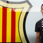 [PHOTOS] Douglas landed in Barcelona this morning. Full gallery: http://t.co/TnOfJ6AyxF #DouglasFCB http://t.co/QbNfRjC4c8