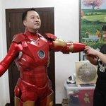 Chinês constrói armadura do Homem de Ferro para agradar o filho http://t.co/f7b25YnGXH #G1PlanetaBizarro http://t.co/Mb0NqIbec1