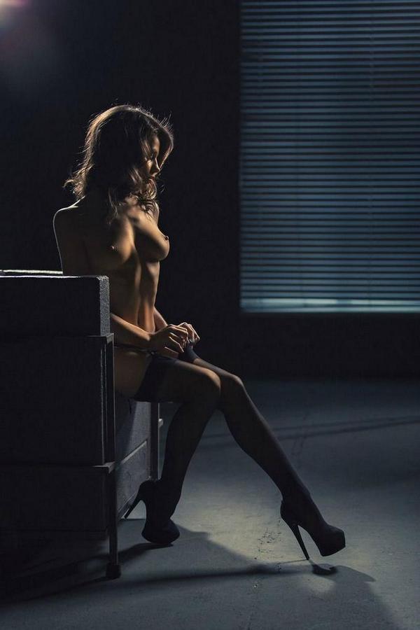 RT @CharlieNoodz: #ff @naughtyxxxness @Onlybadchicks @KattieBella @Lovethemmilfs @PornoBrazil @_GFU @Real_Modela @bohamia69 @RazZual http://t.co/Oj7EClJGpx