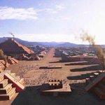 Vía @Cuauhtemoc_1521: Una de las vistas aéreas más impresionantes que he visto. Recreación de Teotihuacan. http://t.co/zg6r6g1rNx