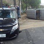 Accidente en autopista Manuel Córdova Galarza, Pomasqui San Antonio; se registran heridos leves http://t.co/enXxjE63PK vía @fotoestuardo