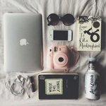 Girls stuff. 💁 http://t.co/wfO9n3yodk