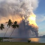 RT @Independent: Breathtaking images capture massive volcano eruption in Papua New Guinea http://t.co/k9wLYe2rOl http://t.co/43Pq9pk3wG