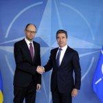 RT @appleip3: За вступление Украины в #НАТО - ретвит, против - избранное. #RussiaInvadedUkaine #nato #ukraine http://t.co/YwMG2GsbZo