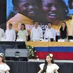 RT @ComunicacionEc: Pdte. @MashiRafael y Min. @CecyVacaJones participan del 6to Encuentro Intercultural del #SSCampesino vía @SocialEc http://t.co/ob384GRaNS