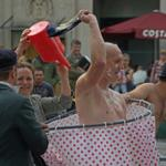 Is this @LeNavetBete Matts version of #IceBucketChallenge? http://t.co/FG6YKOOH9q #Rumpus @Unexpected2014 HT @UniqueDevonTour for pic