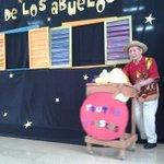 """RT @jbgorg: En este momento los adultos mayores del #HogardelCorazóndeJesús presentan """"La mansión de los abuelos"""" #Guayaquil http://t.co/skBfz3MNaQ"""