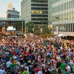 RT @FINDitKC: The weekend weve all been waiting for...No, not Labor Day......@KCIrishFest! http://t.co/fkt2hzUPfX #KC #ThingsToDo http://t.co/rG3kwj6ubC