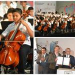 RT @SEDERECCDMX: El Gobierno capitalino firma Convenio con la Orquesta Sinfónica @EsperanzaAzteca @EMoctezumaB @rosaicela_CDMX #CDMX http://t.co/hZ1Cxlmgk6