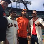 RT @SFGiants: And now to take some swings. @MannyPacquiao & @ChrisAlgieri get tips from Will Clark & Angel Pagan #SFGPacvsAlgieri http://t.co/PEZXOyK2mz