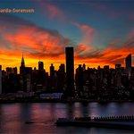 RT @webcamsdemexico: Espectacular atardecer hoy en Nueva York http://t.co/xjBWvIoec2 Gran foto de @isardasorensen