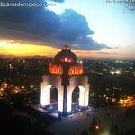 """<3 """"@webcamsdemexico: Los contrastes del atardecer de hoy en la Ciudad de México vista Monumento a la Revolución: http://t.co/QcZMbYbwNz"""""""