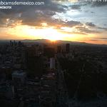 Imagen de la puesta de sol del hoy en la Ciudad de México, vista desde la Torre Latino: http://t.co/bwqzvqgCDL