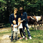 "RT @biebersmaniabr: ""As 3 razões pela qual eu respiro"" - Jeremy Bieber via Twitter. #MPN #Beliebers http://t.co/UrX7eShISN"