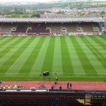 RT @ManUtd: Were in place at Turf Moor for todays game. Team news in about 30 minutes. #MUFClive http://t.co/sv4bPoHQHX