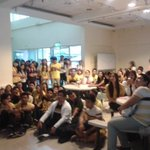 Thomasians showing their love and support to the Tigers now at the TYK Lobby. #GoUSTe http://t.co/5iNHmqfAAE