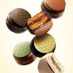 RT @fashionpressnet: ゴディバ、秋のマカロンショコラ発売 - オレンジ、キャラメルなど4種のフレーバー http://t.co/0QJw3RYZ1z http://t.co/2Q26UzDfIv