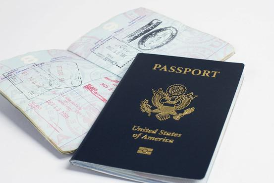 Giving up U.S. citizenship is getting a lot costlier. Fee jumps to $2,350 from $450.  http://t.co/WWxRm3Y3Su http://t.co/jwWvmwzYPH