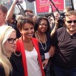 RT @najatvb: Très heureuse de retrouver les militants à La Rochelle. RDV pour le débat Égalité #UEPS http://t.co/BN3lfAcjii