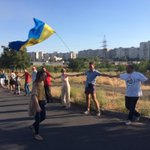 RT @obk: Meanwhile at the outskirts of Mariupol, a big rally. Away with Putin, this town is Ukrainian http://t.co/lfw65DsJ4a