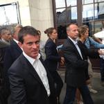 Manuel Valls hué et chahuté à son arrivée à La Rochelle #UEPS http://t.co/9Z8MAs2X2M http://t.co/h5Oga0SvVo
