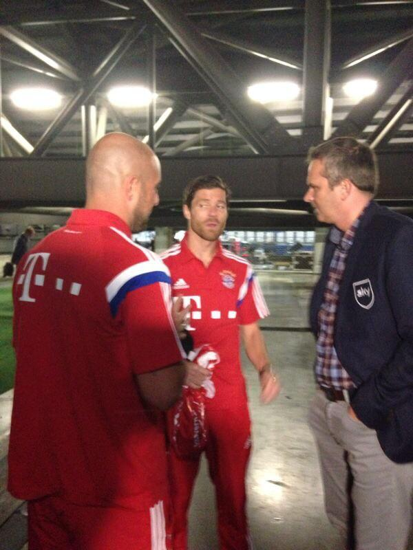 RT @PReina25: Here with 2 great friends and LFC legends!now together at @FCBayern with @XabiAlonso to surely enjoy a good season!! http://t?