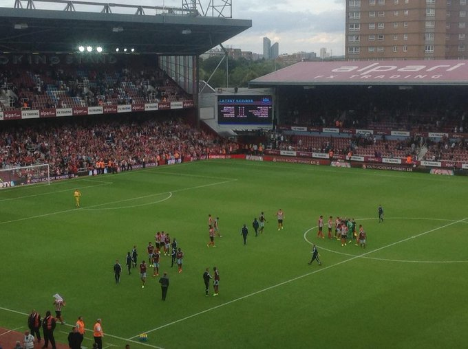 FT West Ham 1-3 Southampton -Saints a delight to watch,a bad day at the office for West Ham is the best way to put it http://t.co/XVIaTOM8MH