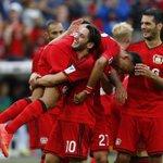 الدوري الألماني : ليفركوزن يقلب تأخره مرتين وفوز تاريخي لبادربون http://t.co/0GSLK6ZJRf http://t.co/3u3QmZXILH
