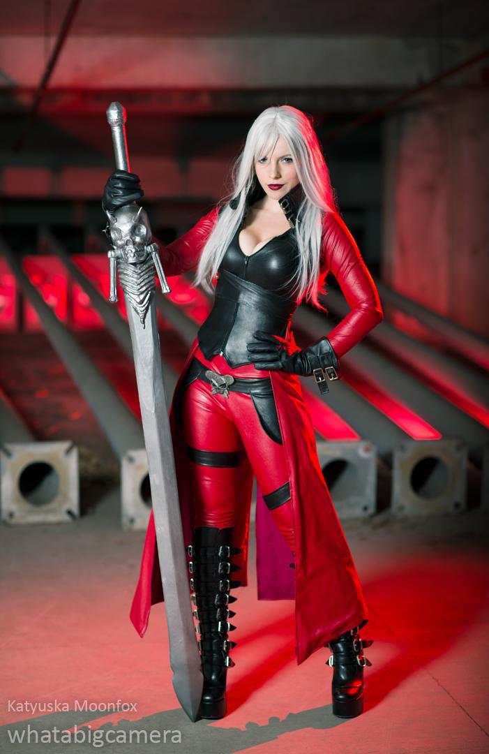 Dante par MoonFoxUltima #cosplay#capcom http://t.co/8xYZd6lg3f