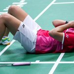 RT @SportSocialClu6: CAROLINA DE ESPAÑA!! @caro_marin2 !a la final del mundial! de #badminton Gana en semis a Sindhu 21-17 21-15 ENORME!! http://t.co/EJXi8DHUwA
