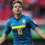 O Leeds United confirmou neste sábado a contratação do meia Adryan, que pertence ao Flamengo. https://t.co/sVgOhBH2k8
