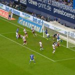 RT @s04: .@BeneHoewedes! 1:1! #S04FCB http://t.co/EcxGxLmo7P