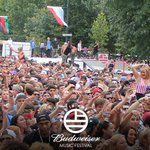RT @Budweiser: Two cities, one livestream. Only at @Budweiser #MadeInAmerica. Watch now: http://t.co/kNTR4FThY5 http://t.co/lv98doyo7Z