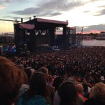 RT @CEOConfedCentre: Enjoying Cory Hart. Shania Twain up soon. Gorgeous evening @PEI2014 @ChtownPE http://t.co/nm07TNZZ6f