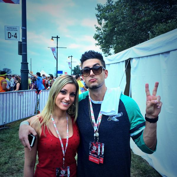 Hanging with Prank vs Prank couple @PhillyChic5 + @Jessewelle at #MadeInAmerica ✌️ http://t.co/nygVSiDnfb