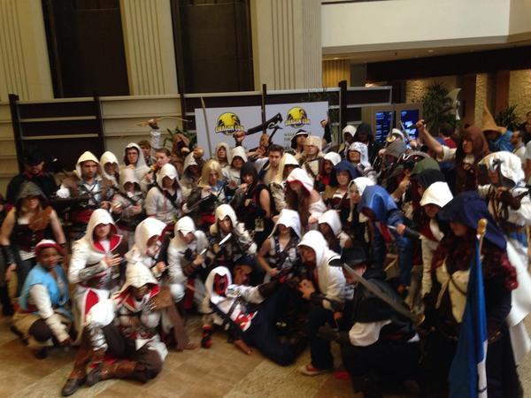 "INSIEME WORLDWIDE!! #GlobalBrotherhood ""@NYCAssassin1: @UbiGabe @Ubisoft #DragonCon #unity #unite #AssassinsCreed http://t.co/HMDQyUBnyv"""