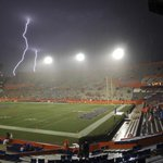 UF Meteorologist Jeff Huffman: This is why there are SEC lightning rules. MT @pbpost: the scene in Gainesville. http://t.co/wPAlFURSDw