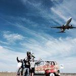 RT @DanAndMaz: EPIC pic of @PamVanderson doing an airport drop-off in #Melbourne! #PamVan #DanAndMaz #Airport #Airplane http://t.co/2UV8sq9hBS