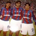 Hector Blanco, Marcelo Tinelli y Jose de Vaca @cuervotinelli @LaUnionAM800 @radiovenus Colores del Super Clásico http://t.co/M6sBquY8HY