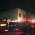 4 horas llevan @BVoluntarios tratando de apagar incendio en 28 ave #Xela. Daños materiales y perro calcinado el saldo http://t.co/bv5NnDplwG
