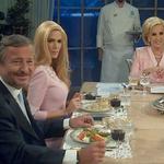 """""""@Nikgaturro: Quién vio a @vivicanosaok en la mesa de Mirtha? Q tul? http://t.co/S2qTKHbCXK""""/ #UnAlien"""