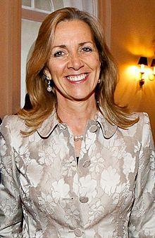 Una mujer presidirá por primera vez la BBC en 91 años de historia  http://t.co/NtZzrl7iK7 #medios #televisión http://t.co/WeteWuiwPs